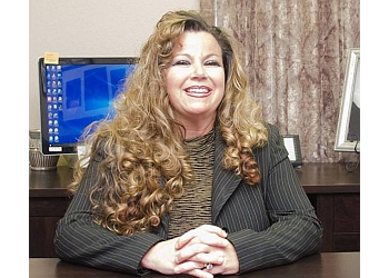 Pasadena divorce lawyer Hollie Hale