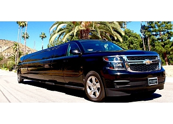 Glendale limo service Luxury Limousine Hollywood Playnight