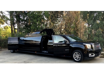 Glendale limo service Hollywood Playnight Luxury Limousine