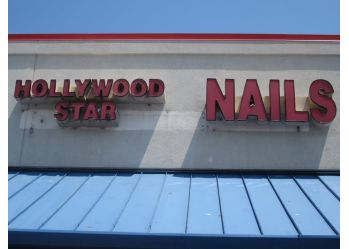 Cleveland nail salon Hollywood Star Nails