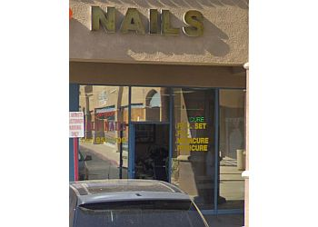 Victorville nail salon Holy Nails