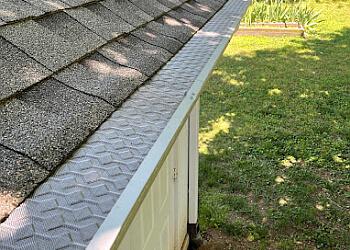 Charlotte gutter cleaner HomeCraft Gutter Protection