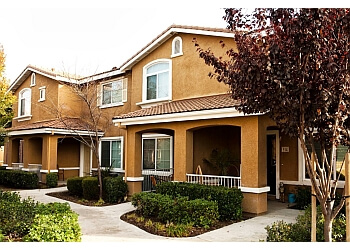 Sacramento apartments for rent Homecoming at Creekside