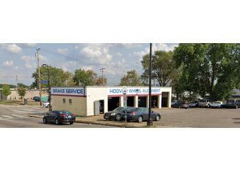 Minneapolis car repair shop Hoover Wheel Alignment