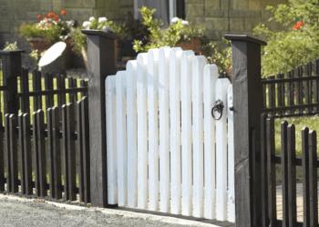 Jackson fencing contractor Horne Fence Builders LLC