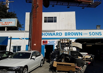 Los Angeles auto body shop Howard Brown and Sons, Inc.