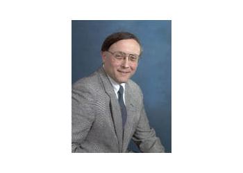 Alexandria endocrinologist Howard M. Lando, MD