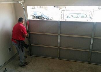 Pomona garage door repair Humberto's Garage Doors