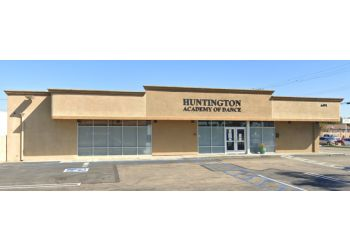 Huntington Beach dance school Huntington Academy of Dance