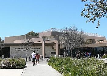 Huntington Beach landmark Huntington Beach Library