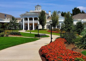 Huntsville places to see Huntsville Botanical Garden