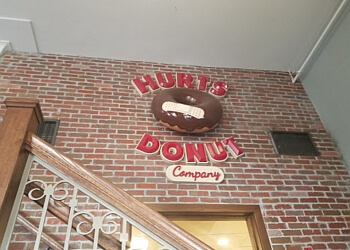 Lincoln donut shop Hurts Donut Co.