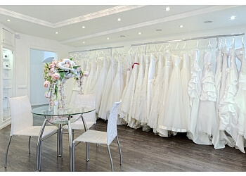 Garland bridal shop Huynh Bridal