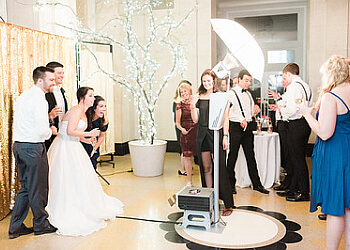 Rochester photo booth company Hype Booth