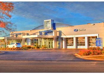 Rockford car dealership Hyundai on Perryville