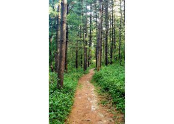Cedar Rapids hiking trail INDIAN CREEK NATURE CENTER