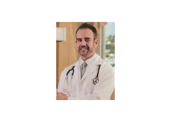 Glendale gynecologist Ignacio Valdes, MD
