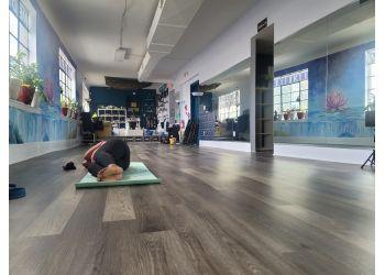 Newark yoga studio I'm So Yoga