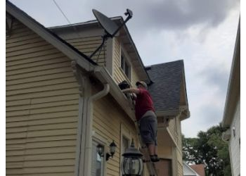 Indianapolis gutter cleaner Indy Gutter Cleaning