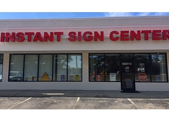 Mobile sign company Instant Sign Center