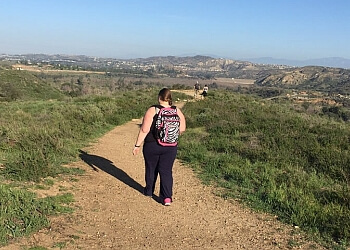 Orange hiking trail Irvine Regional Park Trail