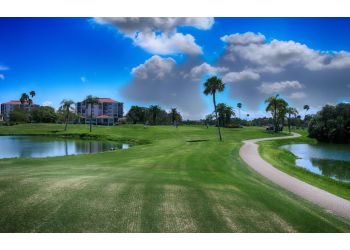 St Petersburg golf course Isla Del Sol Yacht & Country Club