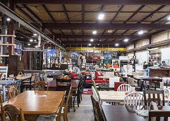 3 best furniture stores in milwaukee wi threebestrated review. Black Bedroom Furniture Sets. Home Design Ideas