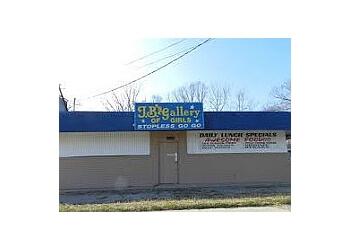 Chesapeake night club J B's Gallery of Girls