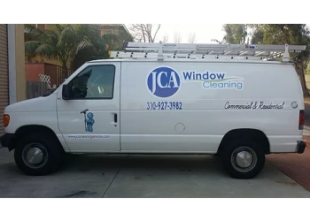 Torrance window cleaner JCA Window Cleaning