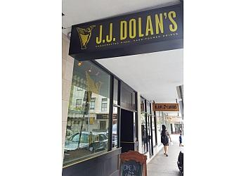 Honolulu pizza place J.J. Dolans