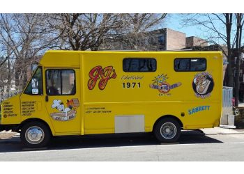 Newark food truck JJ's Hot Dogs