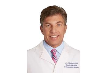New York orthopedic JONATHAN L. GLASHOW, MD