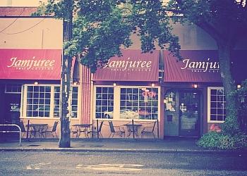 Seattle thai restaurant Jamjuree