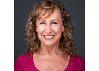 Phoenix marriage counselor Jane Fendelman, MC