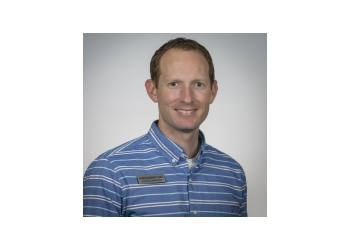 Bakersfield physical therapist Jared Eskew, PT, DPT, ITPT