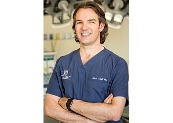Knoxville plastic surgeon Jason J Hall, MD, FACS