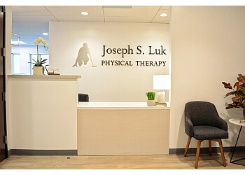 Glendale physical therapist Jason Luk, PT, DPT