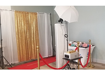 Newark photo booth company Jazzy Snapshots Photo Booth