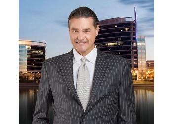 Phoenix personal injury lawyer Jeffrey Phillips - PHILLIPS LAW GROUP