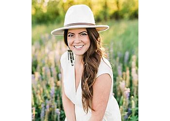 Spokane wedding photographer Jennifer DeBarros Photography