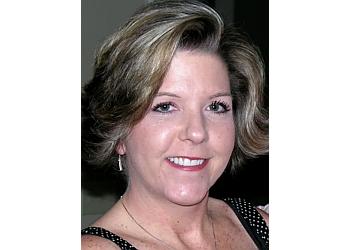 Gainesville gynecologist Jennifer L Alderman, MD