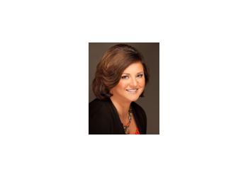 Indianapolis real estate agent Jennifer Wolfe