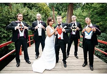 Seattle wedding photographer Jenny GG Photography