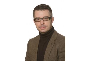 Portland gastroenterologist Jeremy Holden, MD