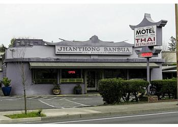 Santa Rosa thai restaurant Jhanthong Banbua