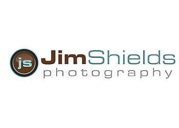 Sterling Heights wedding photographer Jim Shields Photography