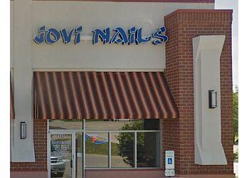 Rockford nail salon JoVi Nails