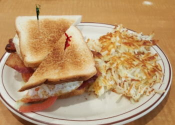 Ontario cafe Joanne's Cafe