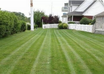 Louisville lawn care service Joes Lawn Care & Snow Removal