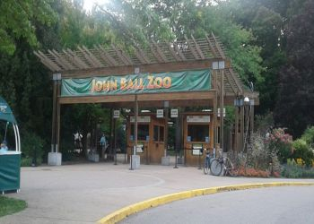 Grand Rapids places to see John Ball Zoological Garden